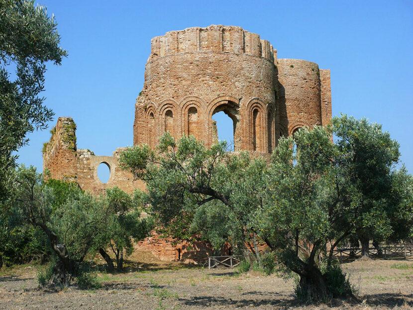 Riapre il parco archeologico di Borgia